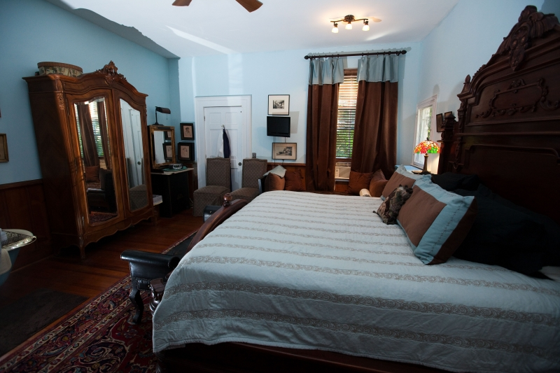 king bed at bed and breakfast rooms