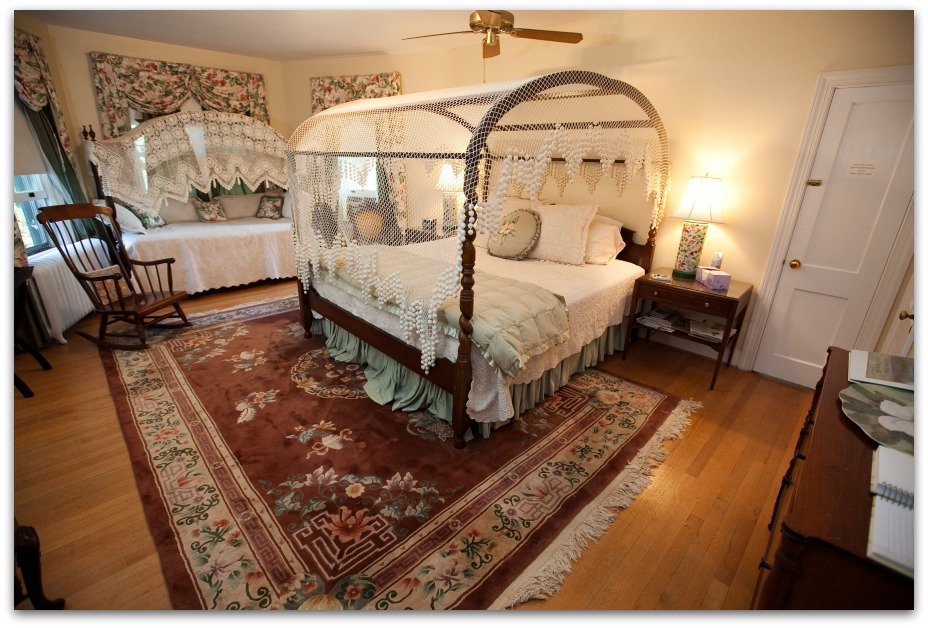 View Larger Image King Canopy Bed