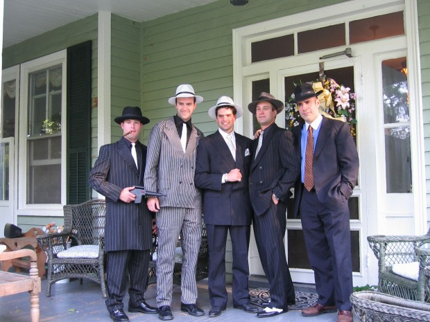 Gangsters at a Murder Mystery Dinner at the Inn On Poplar Hill