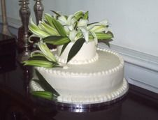 Wedding Cake with Lilly