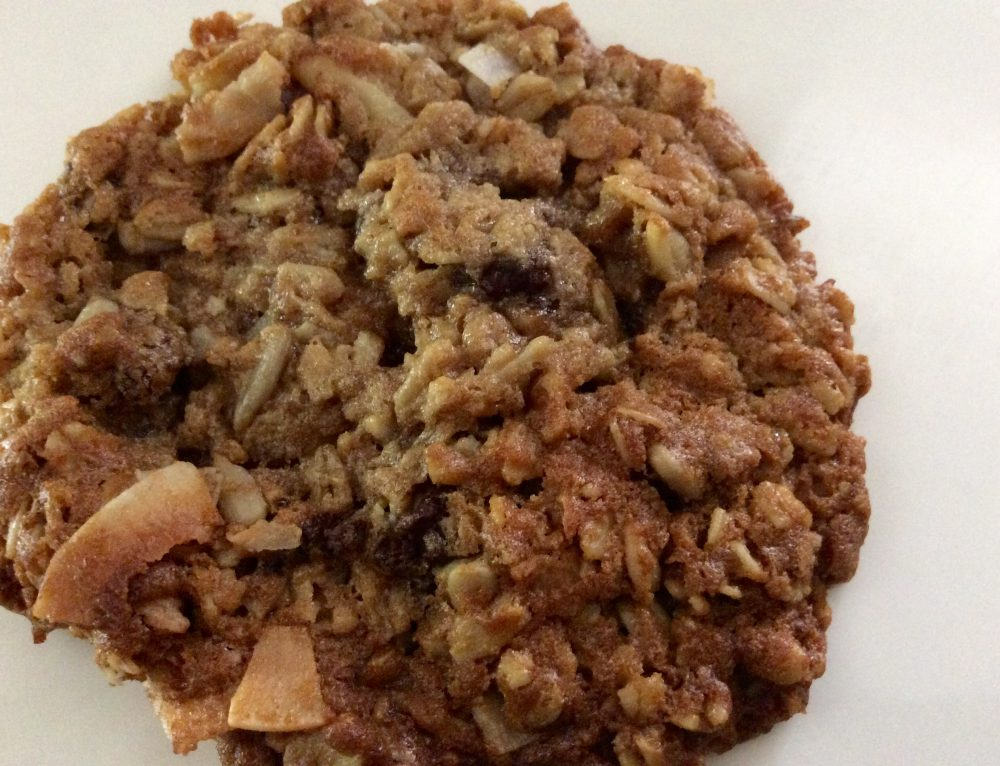 Yummy Gluten Free Oatmeal + Cookie Recipe